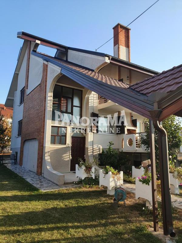 Kuća Prodaja BEOGRAD Čukarica Rušanj