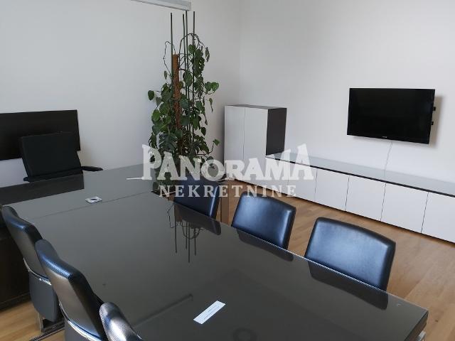 Poslovni prostor Izdavanje BEOGRAD Rakovica Skojevsko naselje